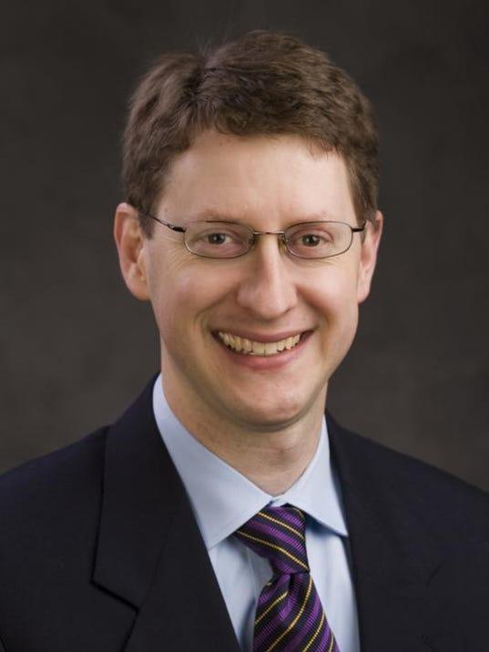 DR CRANDALL 2007.JPG