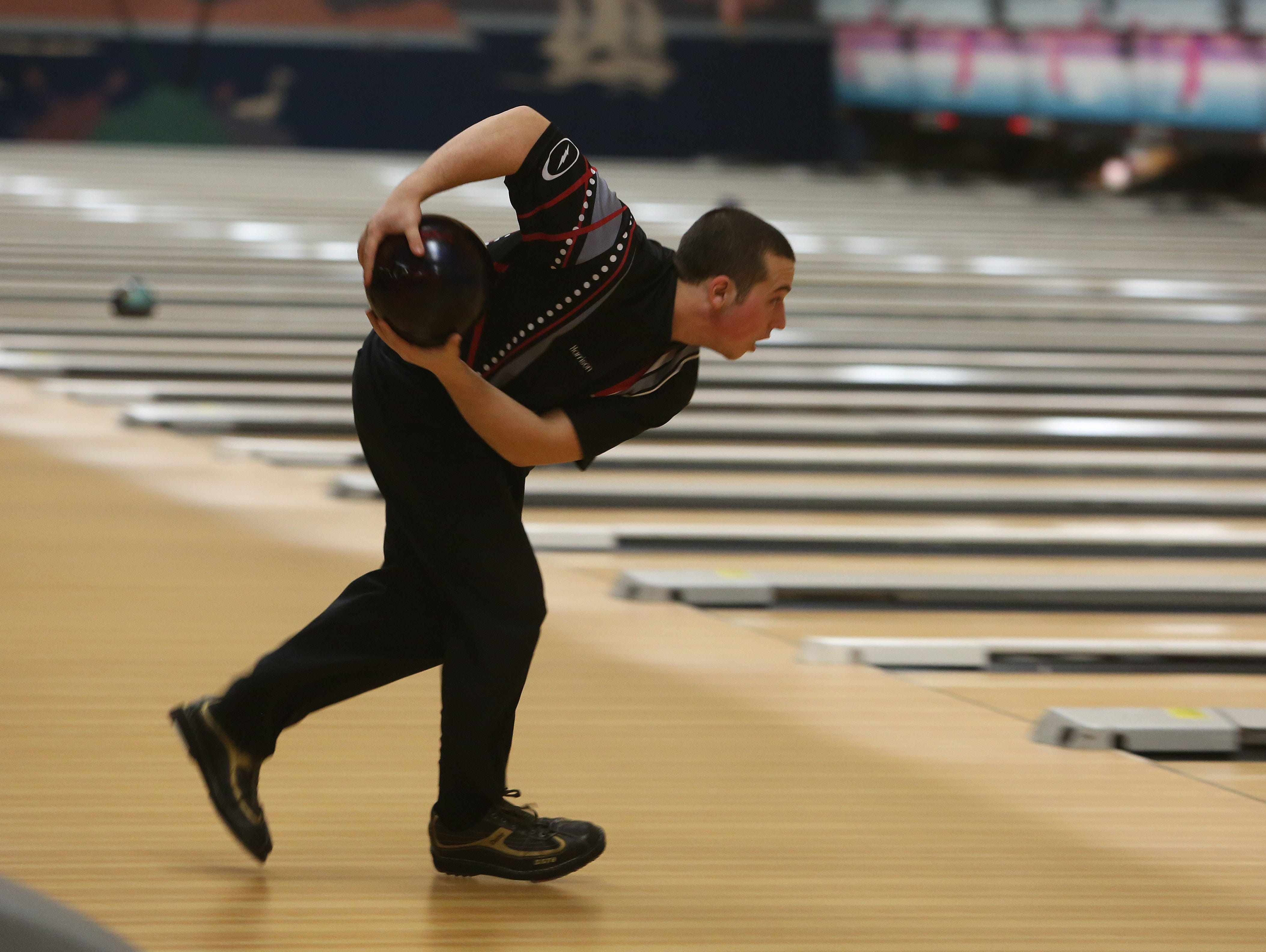 Harrison's Michael DeRenzis became the first two-handed bowler to qualify for states from Section 1 in 2015.