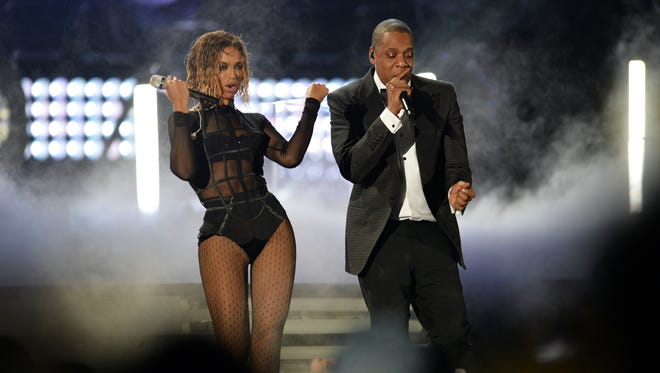 Beyonce and Jay-Z perform.