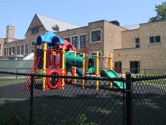 3Mount Vernon School