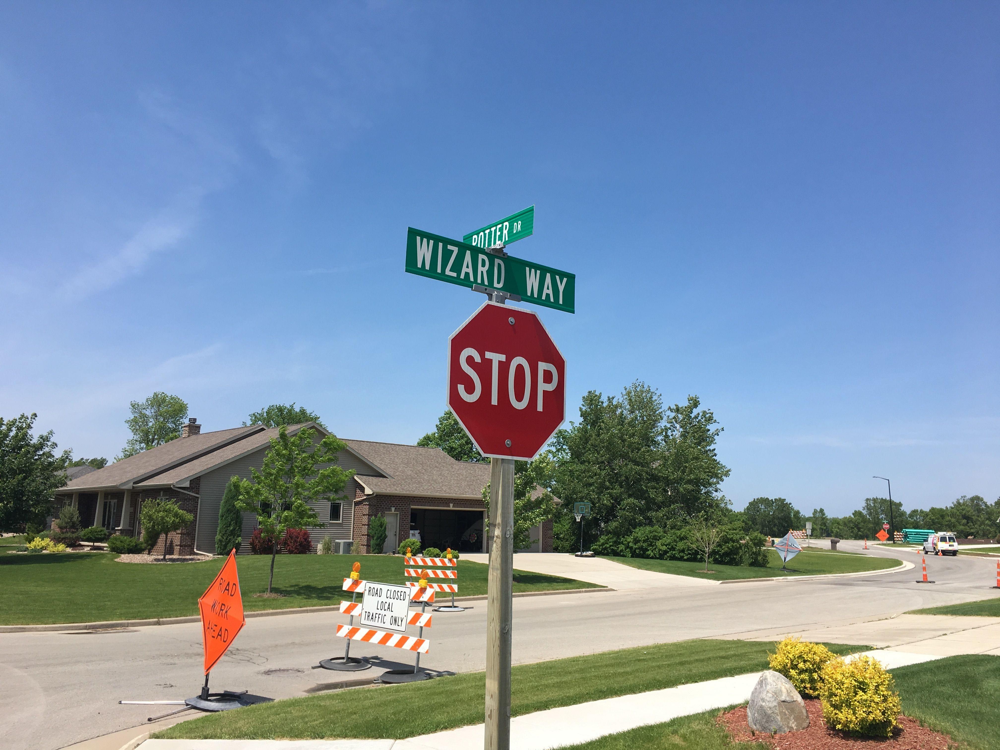 Neighborhood hookup