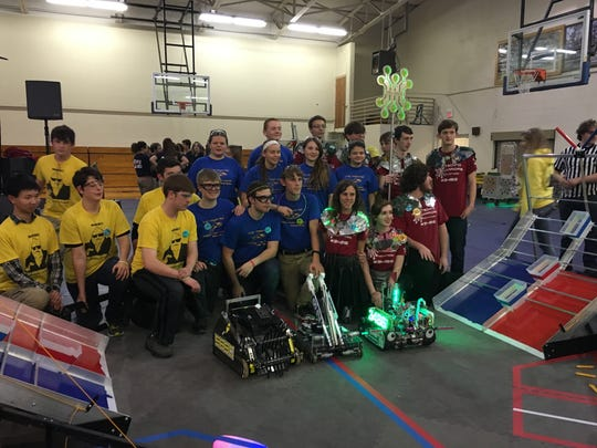 Over the weekend, 29 FIRST Tech Challenge teams from 6 different states competed at the Arkansas FTC Championship at the Mountain Home Junior High School. Three teams, including the Junior Bomb Squad, will advance to the South Super Regional in San Antonio.