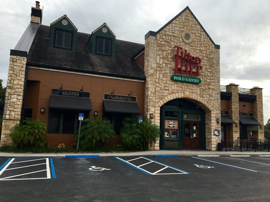 Tilted Kilt Fort Myers closed