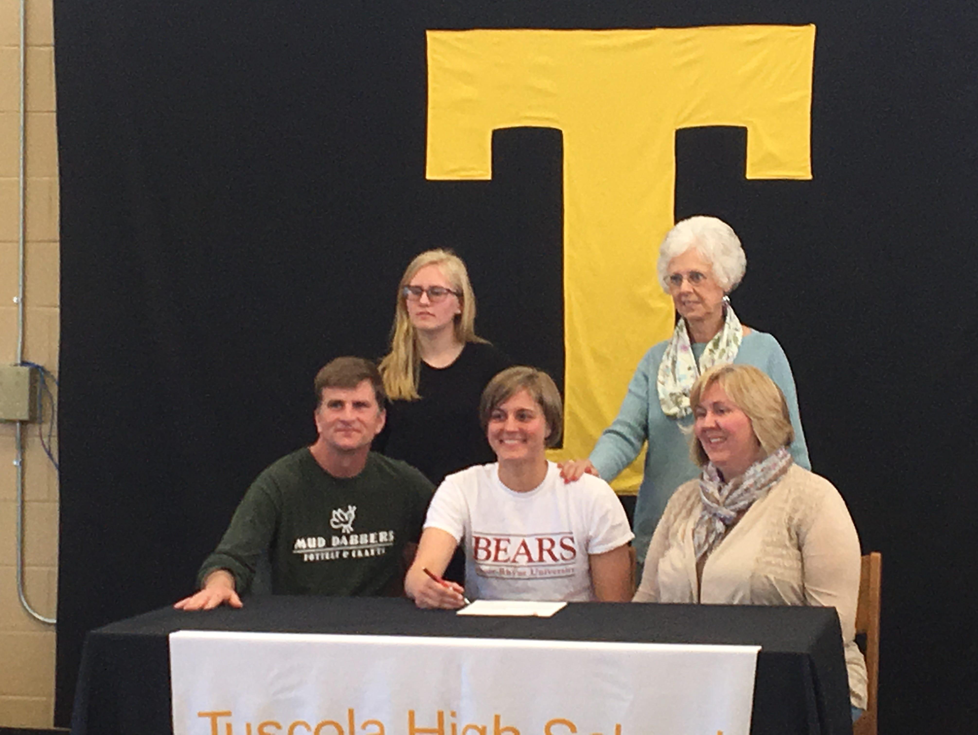 Tuscola senior Cora Dodson has signed to swim in college for Lenoir-Rhyne.