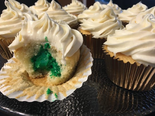 """Sorting surprise cupcakes double as an activity and treats for guests at your """"Harry Potter and the Cursed Child"""" release party."""