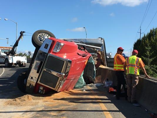 636058558226414681-Truck-crash-2.JPG