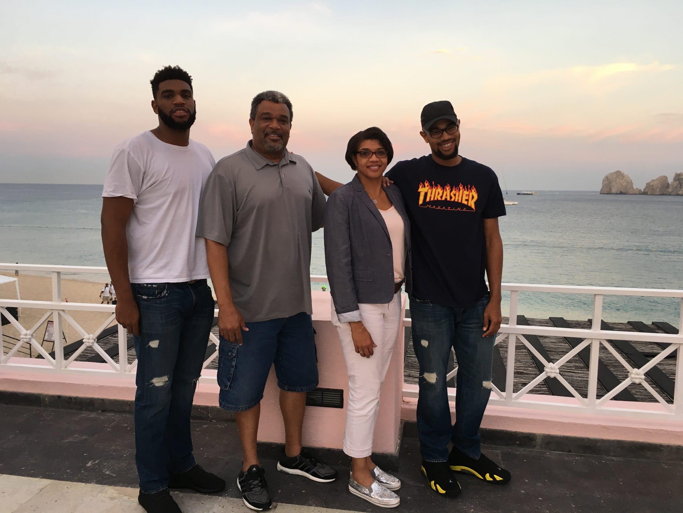 The Williams family (L-R: Alan, Cody Sr., Jeri and