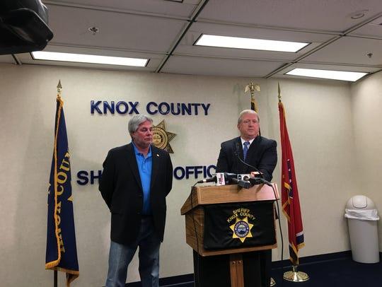 "Knox County Sheriff Jimmy ""J.J."" Jones (left) and Maj."