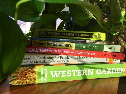 636168917376344702-Garden-Books-by-Ashley-Andrews.jpg