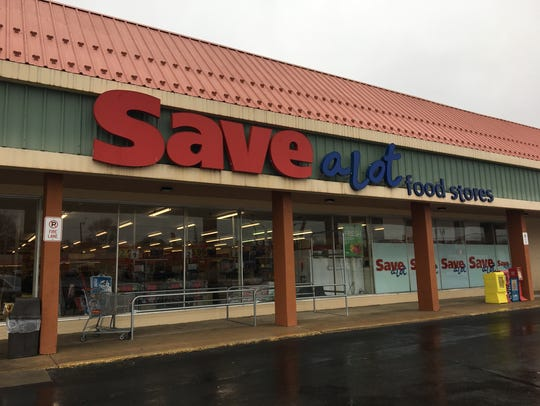 Save-A-Lot in Waynesboro put up a temporarily closed