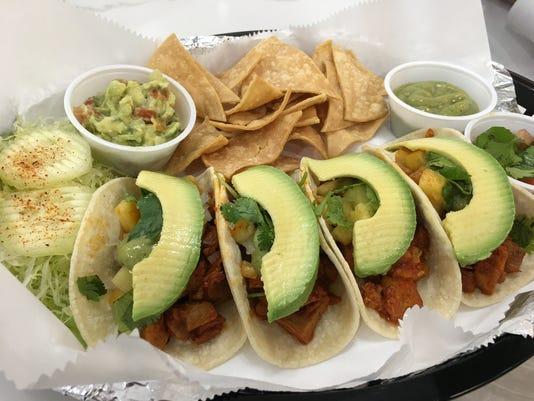 636203360318407669-pork-tacos.JPG