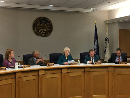 """Staunton Mayor Carolyn Dull delivers her """"state of"""