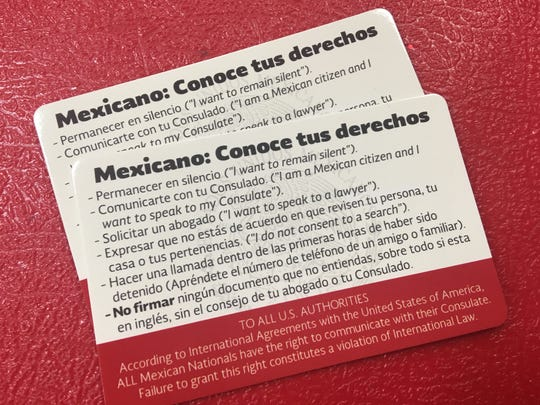 Spanish-language know-your-rights card available for