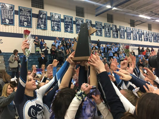 Richmond wins D3 cheer district