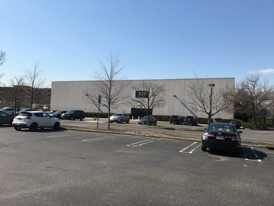 Former Syms store Paramus