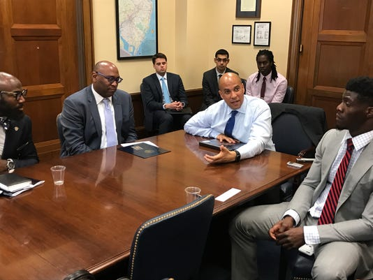 NFL players discuss justice reform with Cory Booker