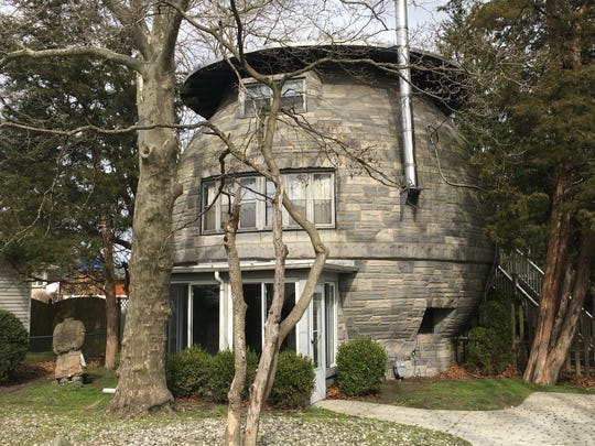 The Cookie Jar or Round House in Glendora, N.J.  The house is of the state's more singular structures.