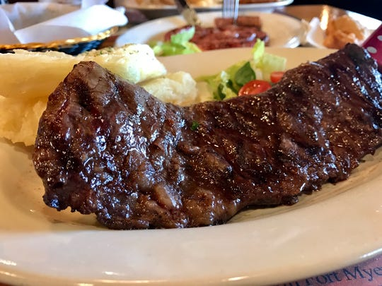 A parrilla-grilled skirt steak with fried yucca from Che Tito's.