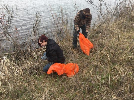 636291579763058734-River-cleanup-1.JPG
