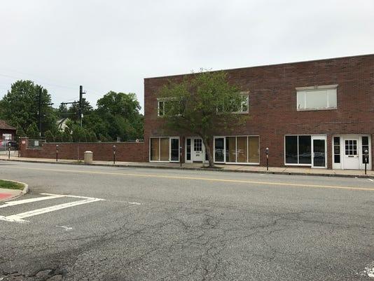 Lorraine Ave. building