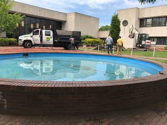 The Lodi fountain was filled Wednesday and being prepared for a new filtration system. The system replaces the use of chlorine, which is blamed for killing the borough's holiday tree.