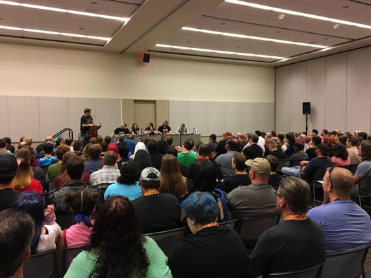 """Sam Sykes hosts a """"Would You Rather"""" panel at Phoenix"""