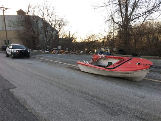 An abandoned boat that was found in the 1100 block of Rosemont Ave.