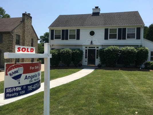 May home sales rise