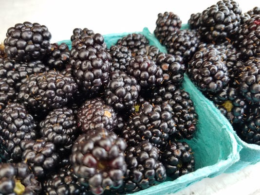 636330345557283829-ASAP-blackberries-20170613.jpg