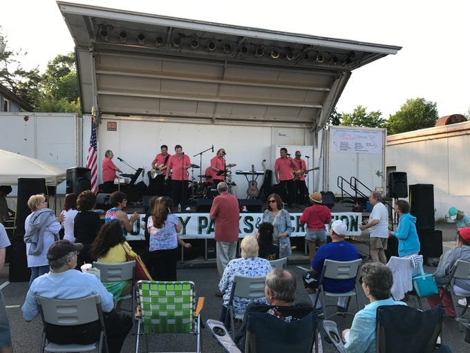 Jersey Sound performs a medley of Roy Orbison songs