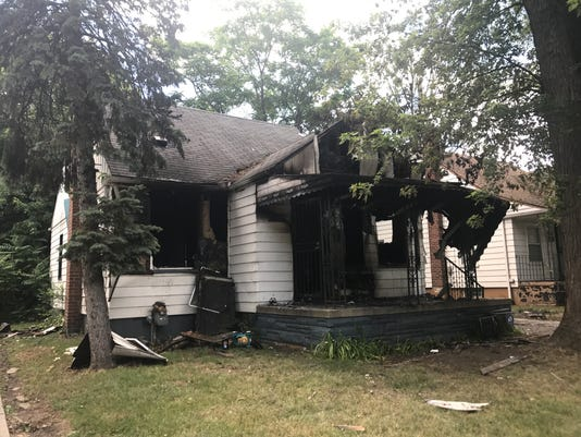636341611041822104-burned-house1.JPG