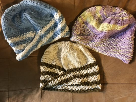 Here are three mobius hats that I knitted recently.