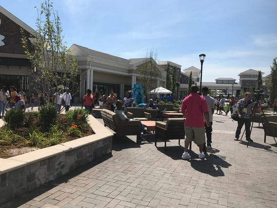 New Norfolk Premium Outlet on Opening Day June 29,