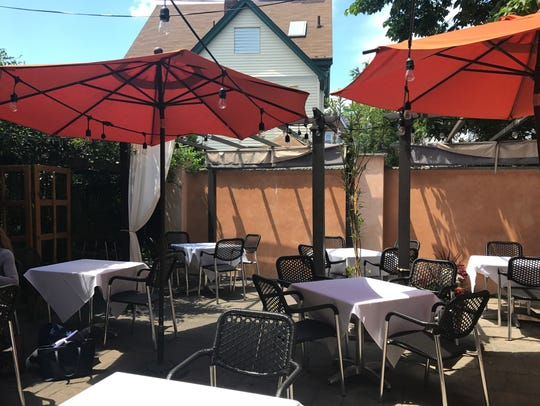 The back patio at Paisano's in Rutherford.
