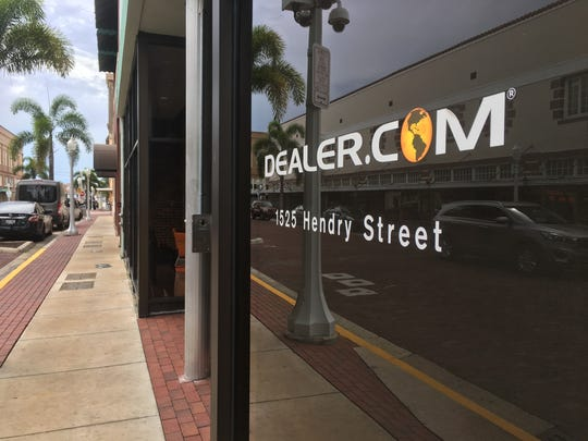 Dealer.com will close its brick-and-mortar location