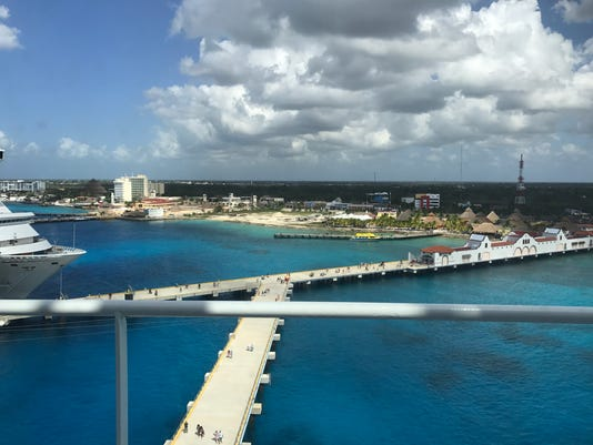 636355435046052267-In-port-at-Cozumel.jpg
