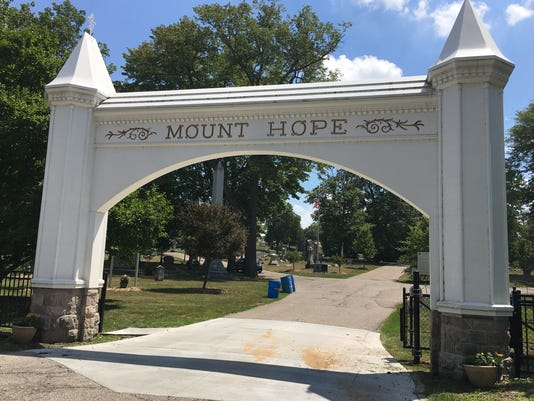 636372605064509852-mount-hope-entrance.jpg
