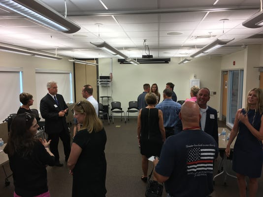 636373516070063482-North-Liberty-fire-chief-candidate-open-house.JPG