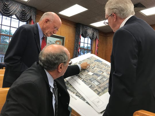 Experts consult over plans before the Millburn Zoning