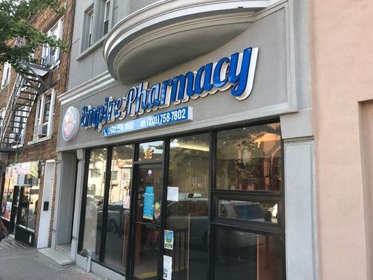 636379814670740670-Pharmacy.jpg