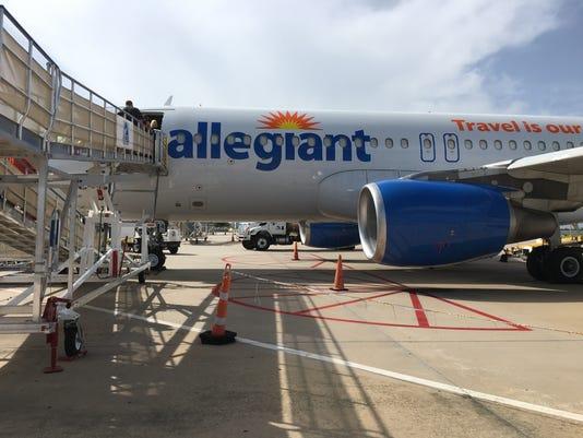 Bna Allegiant Air Lands At Nashville S Airport Bringing