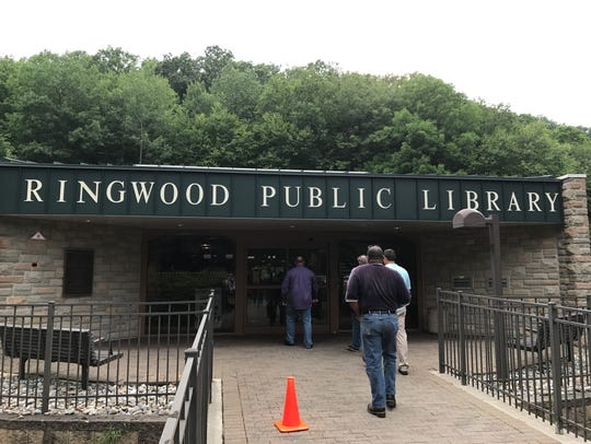Ringwood Public Library