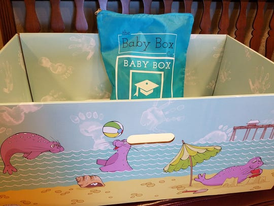 New  parents in New Jersey can receive a baby box and