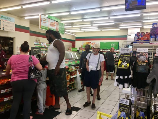 7-Eleven at Midway