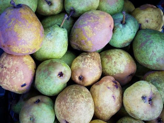 636407696055483144-1-0913-evfe-ev-pears.jpg