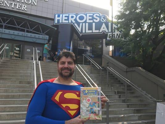 SUPERMAN AT FAN FEST