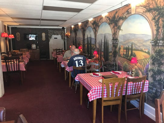 At first, Tony Maronni's didn't have a dining area