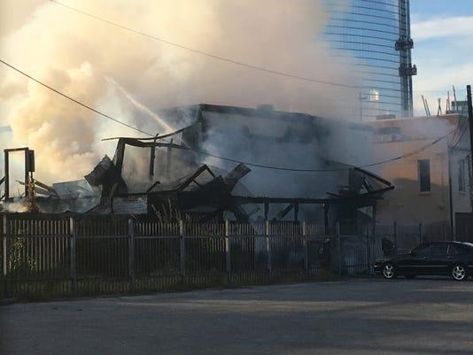 636426528308136973-downtown-fire.jpg