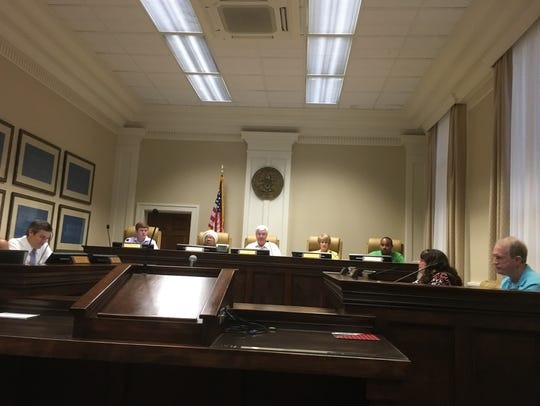 Hattiesburg City Council met early Friday morning to
