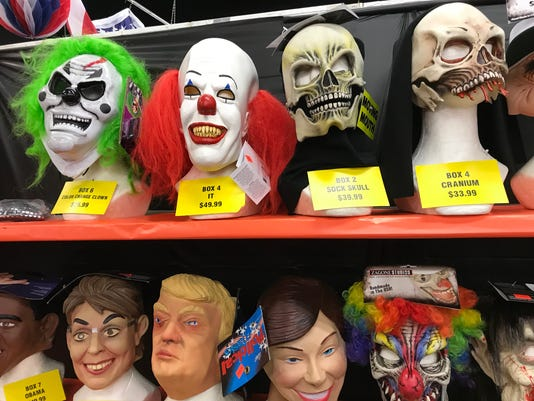 636439457384536375-Halloween-Party-Box-Masks.jpg